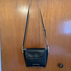 Vera Bradley Crossbody Gently Used